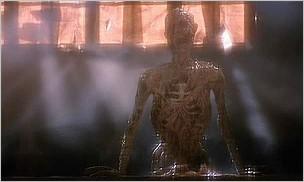 """Кадр 2 из фильма  """"Восставший из ада """" /Hellraiser/ (1987)."""